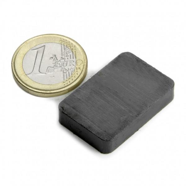 Ferīta magnēts 30x20x6mm