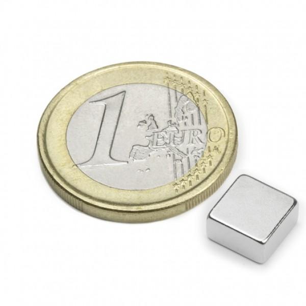Neodīma magnēts 8x8x4mm N45