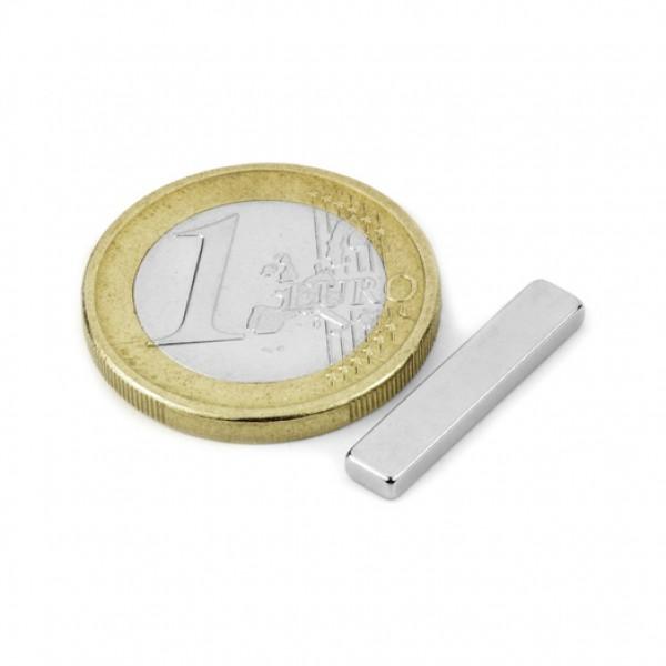 Neodīma magnēts 20x4x2mm N45