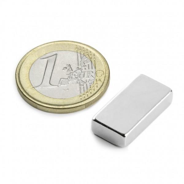Neodīma magnēts 20x10x5mm N42